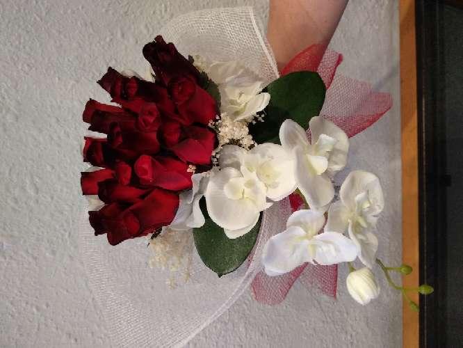 Imagen ramo de rosas de madera