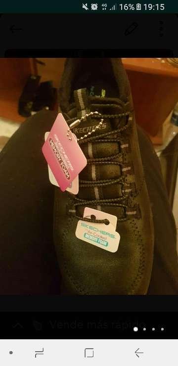Imagen producto Zapatillas nuevas de mujer schekers 4