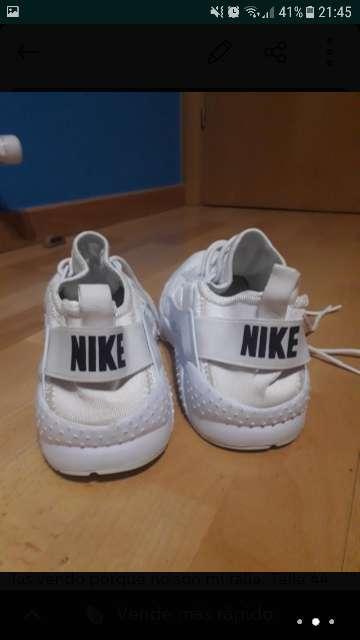 Imagen producto Bambas Nike Huarache 2