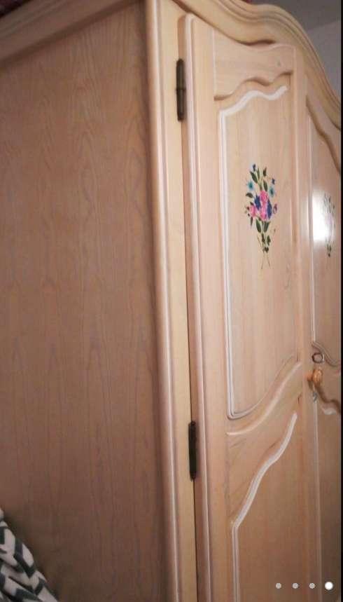 Imagen producto Armario de madera 4