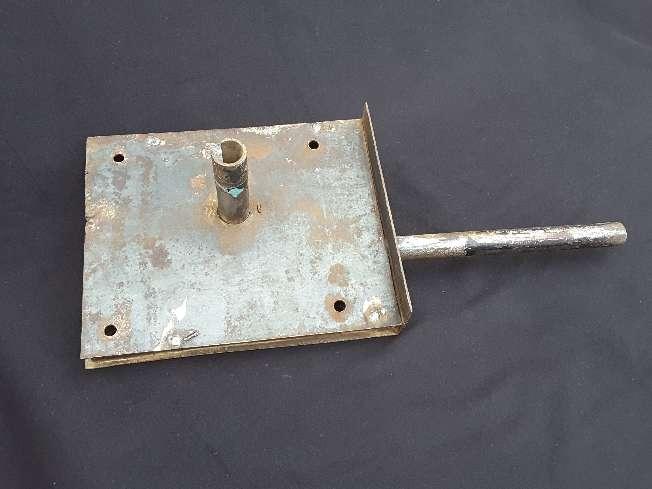 Imagen producto Antigua gran cerradura para portón  4