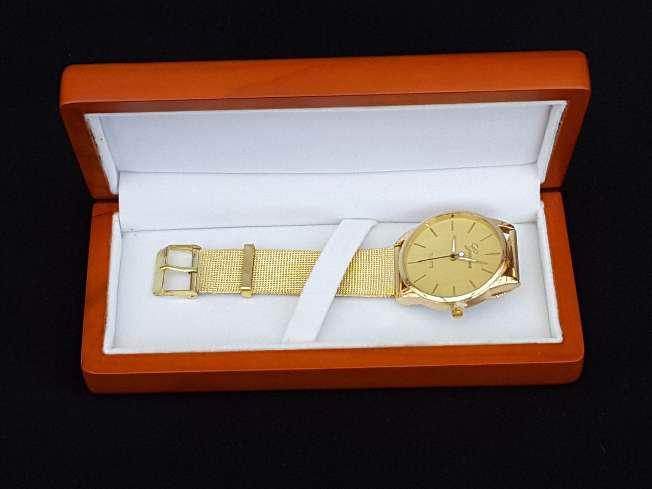 Imagen Reloj Unisex dorado