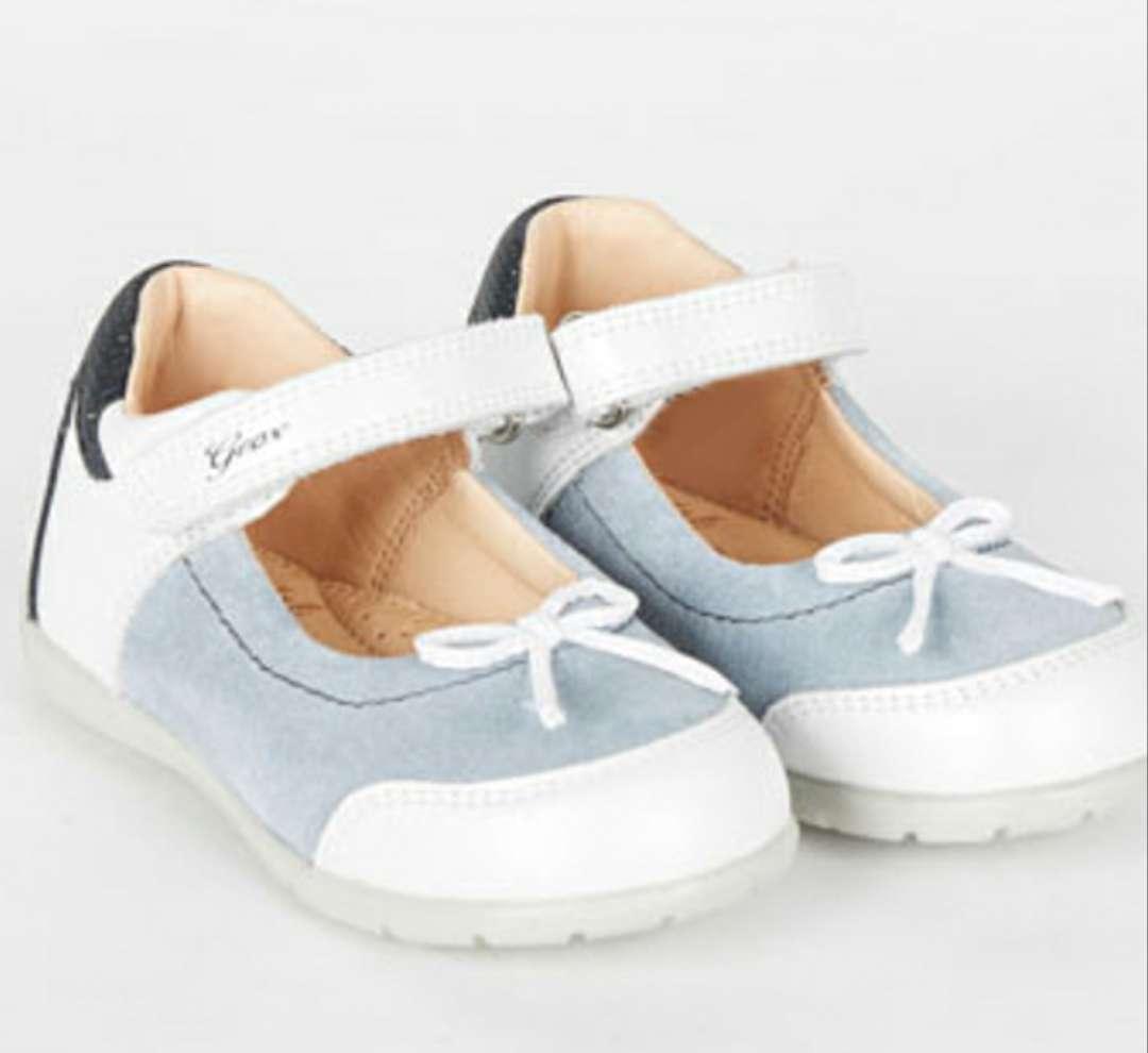 Imagen producto Zapatos piel GEOX T 22 a estrenar  1