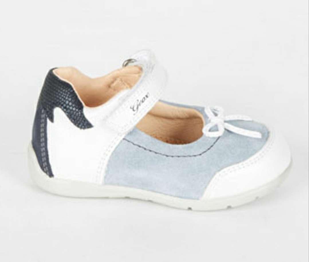 Imagen producto Zapatos piel GEOX T 22 a estrenar  3
