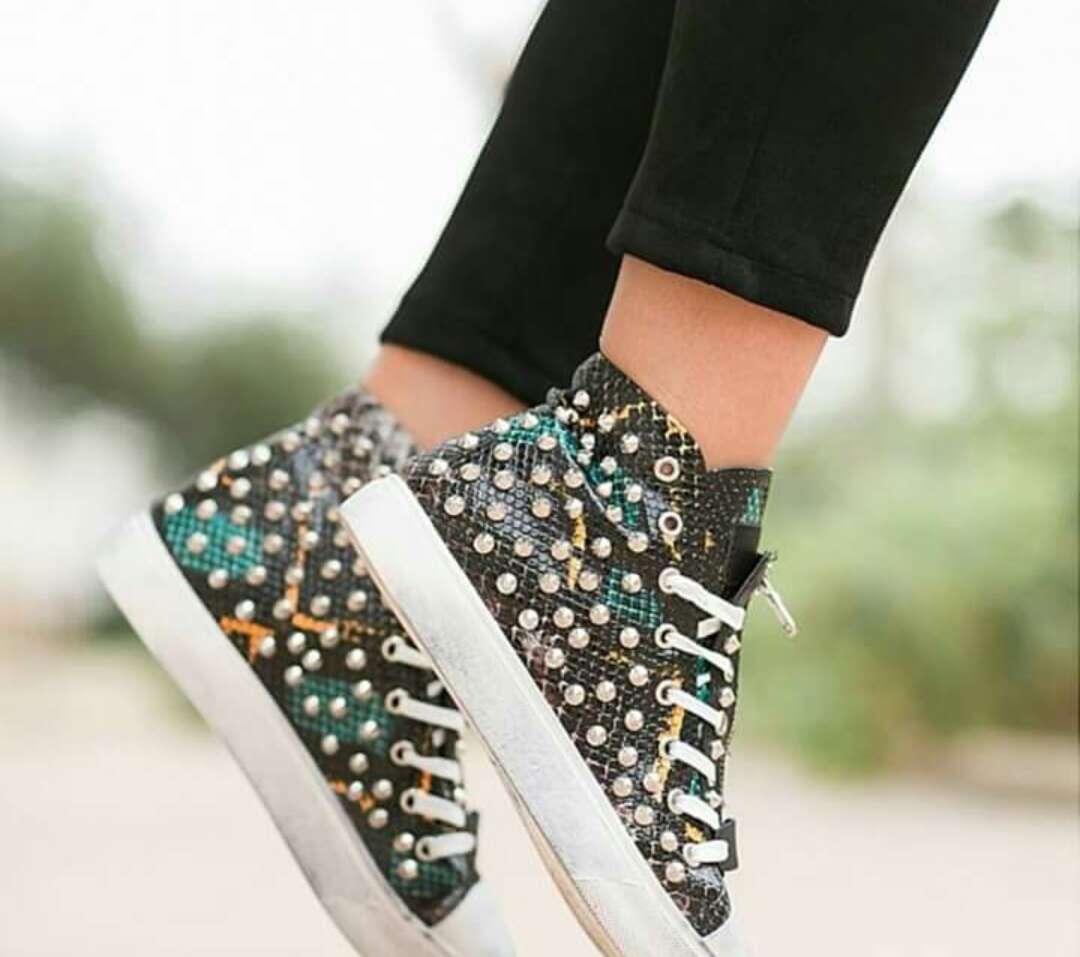 Imagen producto Zapatillas mujer 3