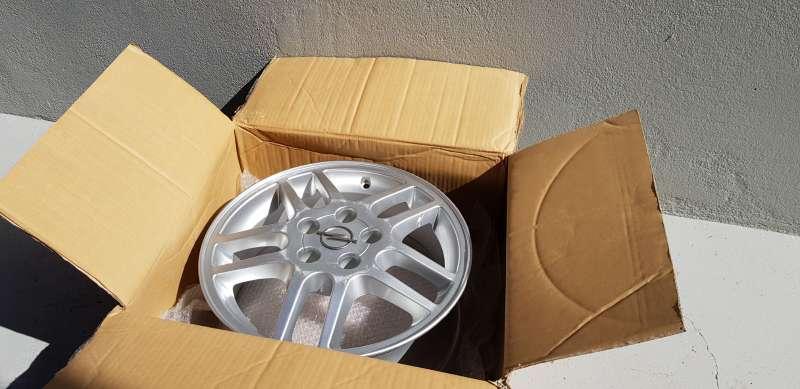 Imagen producto Llanta en 16 de opel vectra sport 2