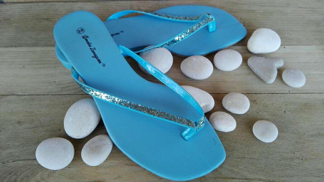 Imagen Sandalias azul celeste brillantes .Talla 38