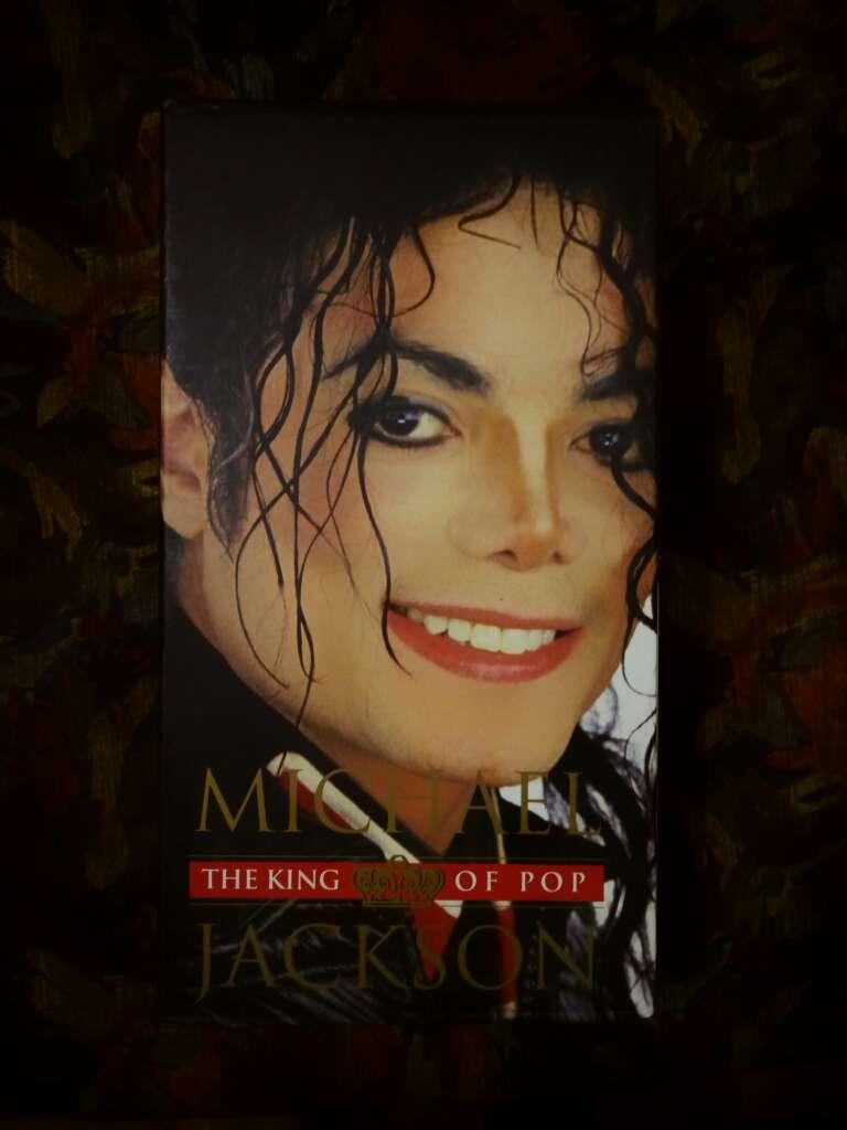 Imagen Colección CDs de Michael Jackson.