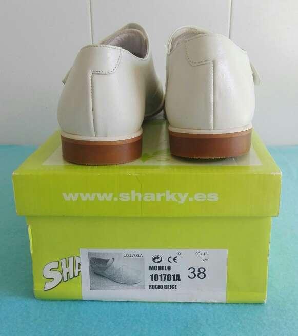 Imagen producto Zapatos niños comunión piel. Talla 35-36-37-38 Azul ,beige y blanco . 5