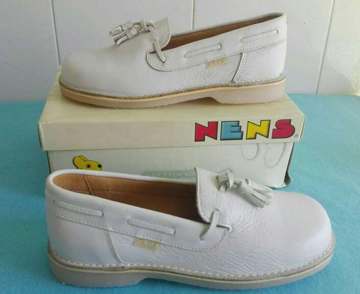 Imagen producto Zapatos niños comunión piel. Talla 35-36-37-38 Azul ,beige y blanco . 8