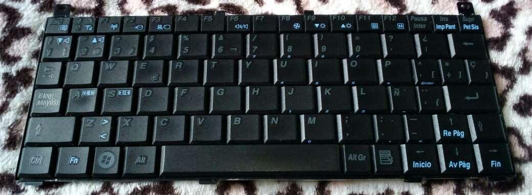 Imagen producto Teclado Notebook Toshiba ( Recambios ) 6