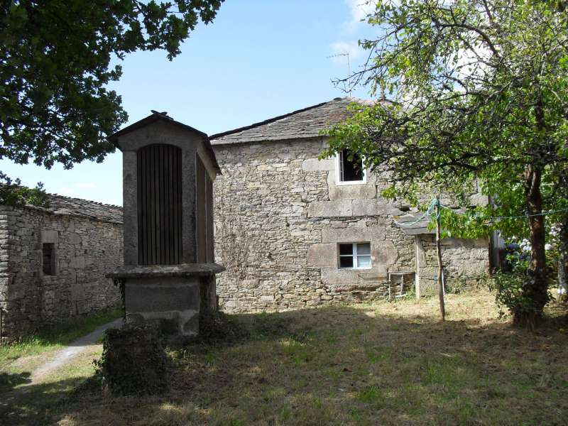 Imagen producto Tipica casa gallega de piedra  a 25 kmts de Lugo, entorno rural.  10