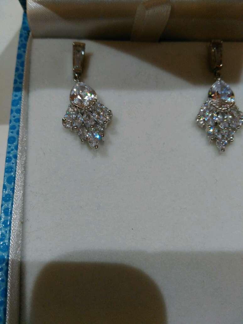 Imagen producto Pendientes de plata y cristal de Luxenter 3