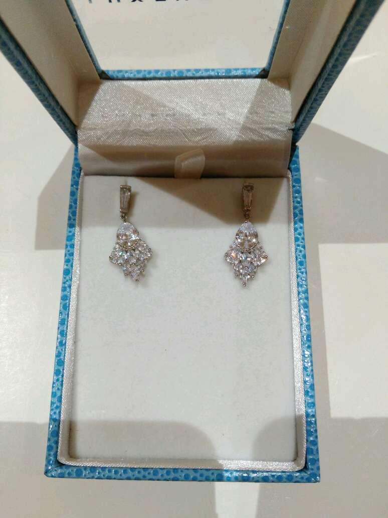 Imagen Pendientes de plata y cristal de Luxenter