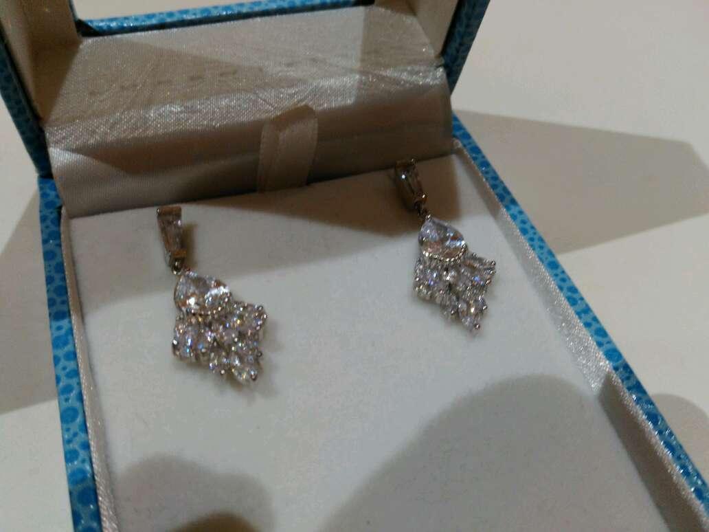 Imagen producto Pendientes de plata y cristal de Luxenter 2