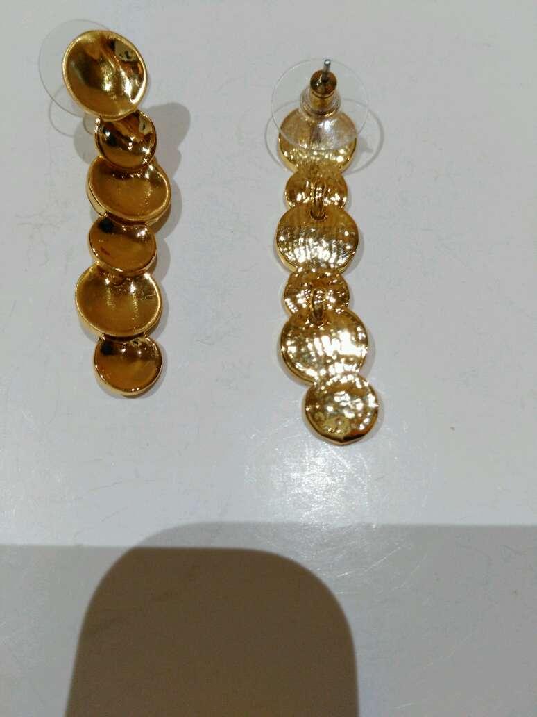 Imagen producto Pendientes dorados 4