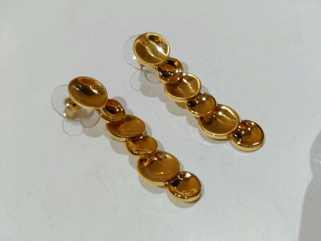 Imagen producto Pendientes dorados 2