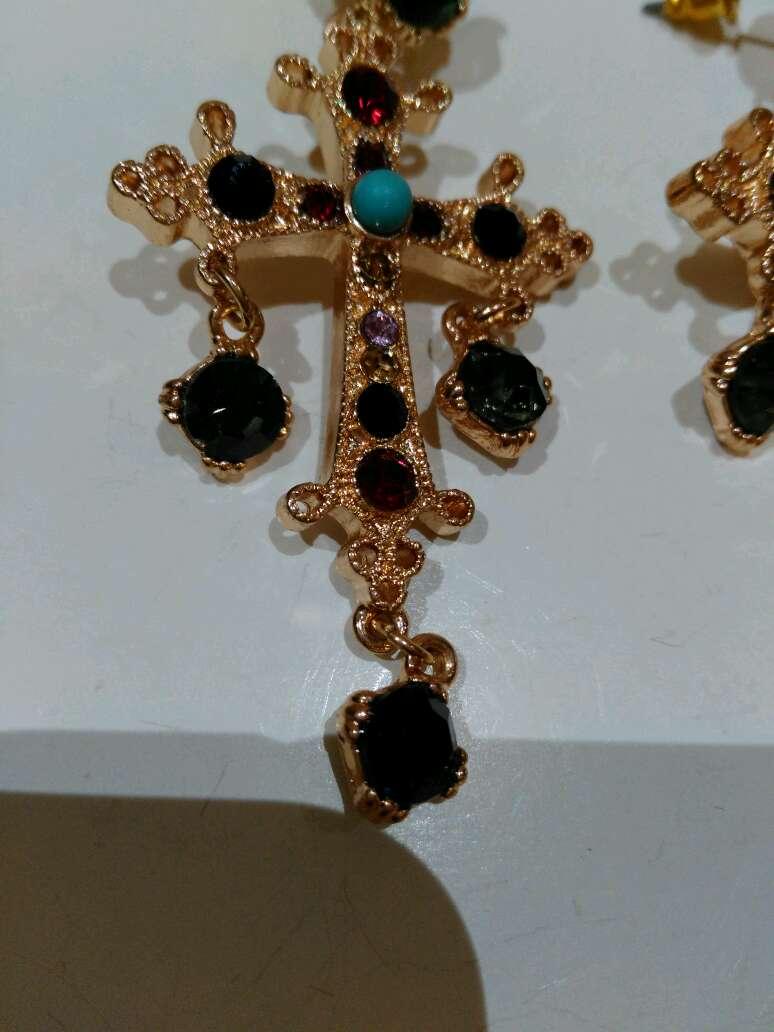Imagen producto Pendientes cruz 4