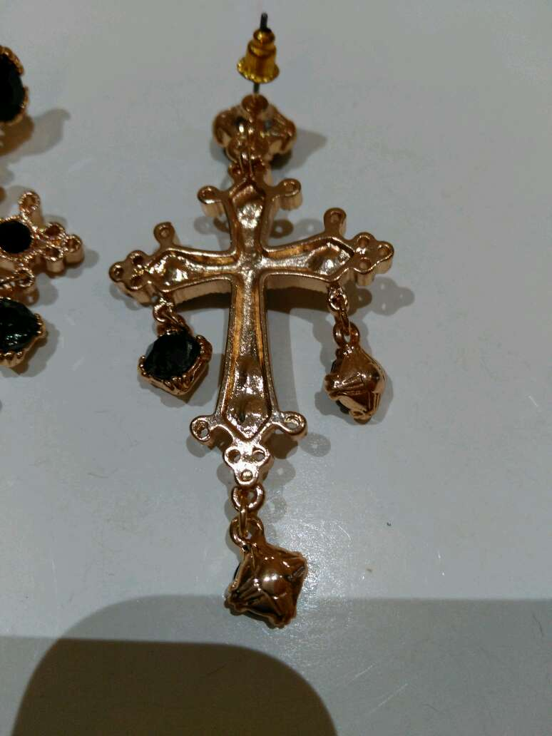 Imagen producto Pendientes cruz 5