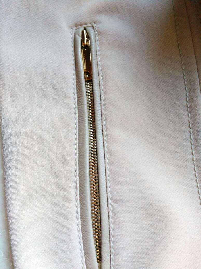 Imagen producto Pantalón cintura alta de Uterque T.XXS 4