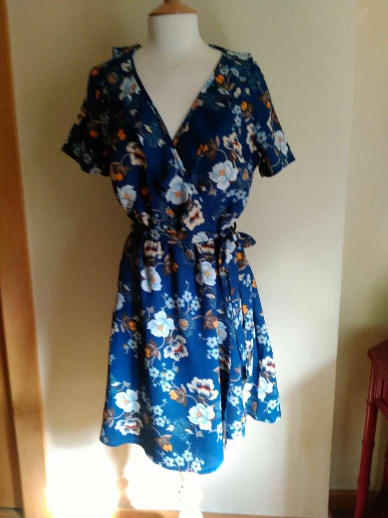 Imagen producto Vestido flores T.34 6
