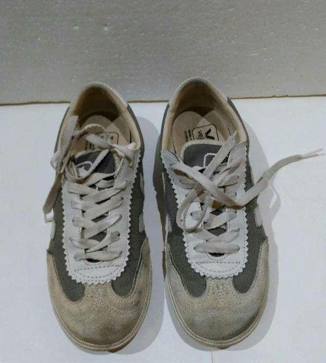 Imagen producto Zapatillas de la marca Veja T.37 2