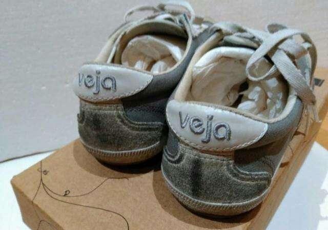 Imagen producto Zapatillas de la marca Veja T.37 4