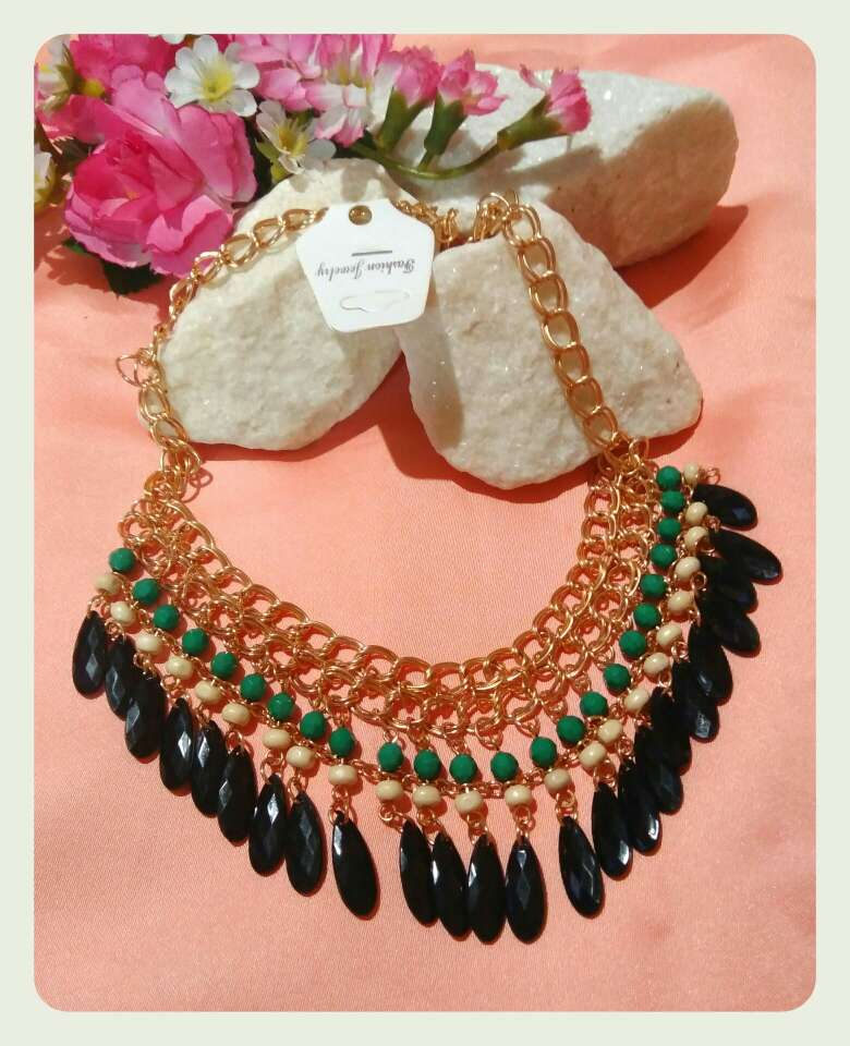 Imagen producto Collar chica. 2