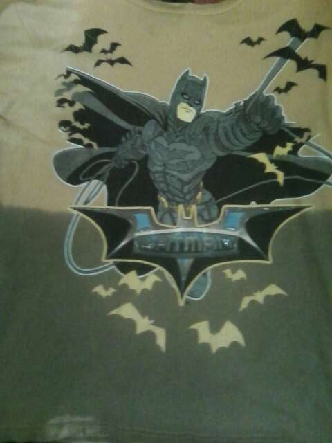 Imagen camisa de batman