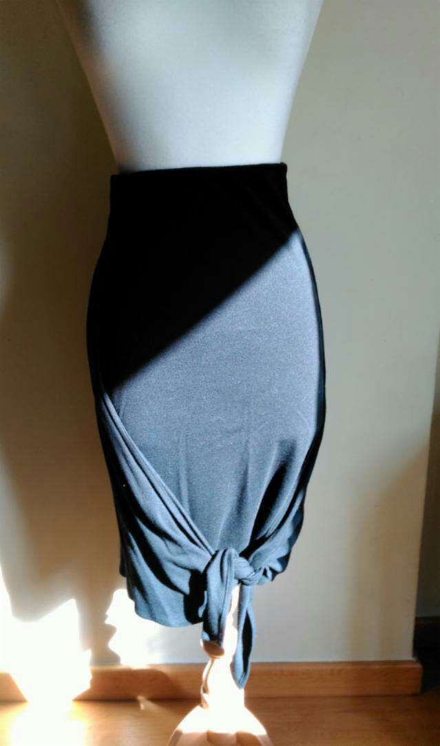 Imagen Falda negra de Alexander McQueen TXS