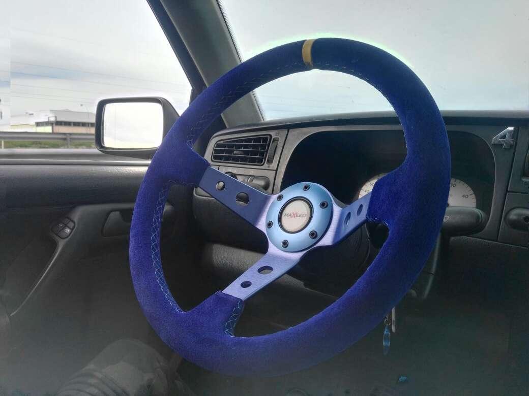 Imagen volante coche