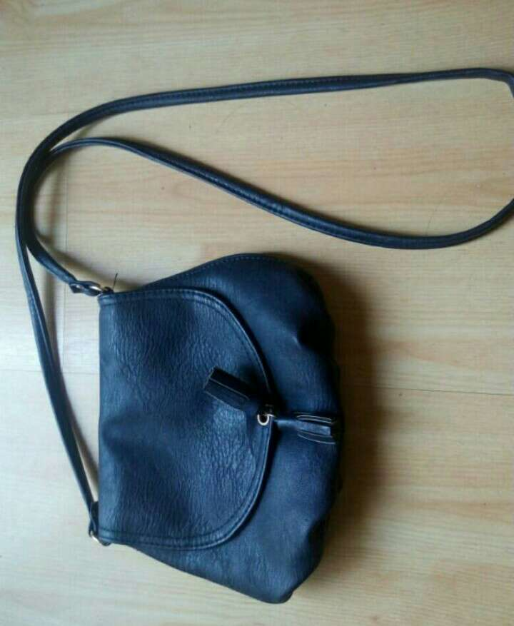 Imagen bolso azul marino