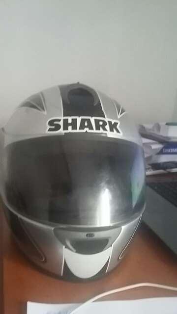 Imagen producto Casco de moto marca SHARK 4