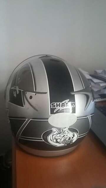 Imagen producto Casco de moto marca SHARK 2