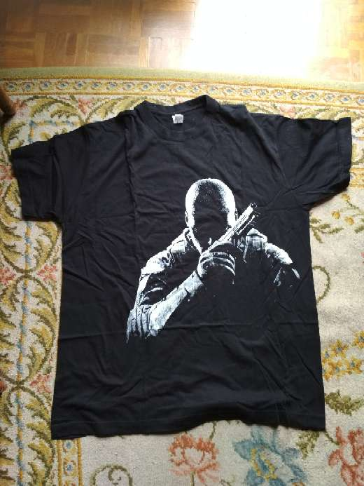 Imagen Camiseta oficial call of duty black ops ll