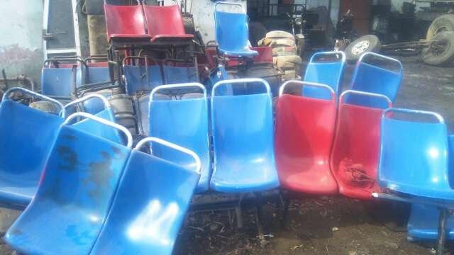 Imagen vendo asientos de fibra custer ?bus?combis etc.