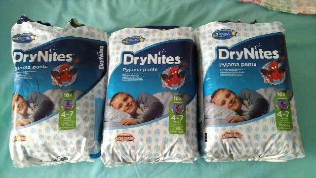 Imagen Pañales Dry Nites