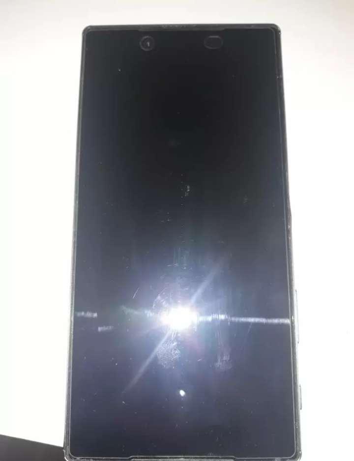 Imagen producto Vendo Sony Xperia Z5 Premium  3