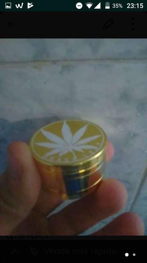 Imagen grinder metálico color oro