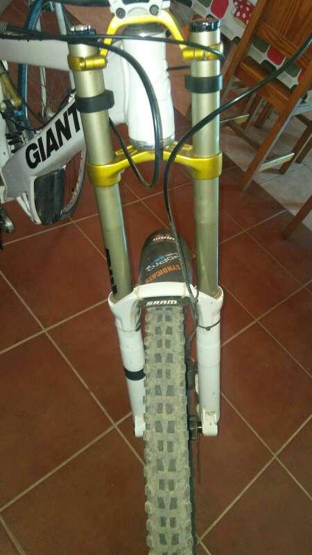 Imagen horquilla de bicicletas