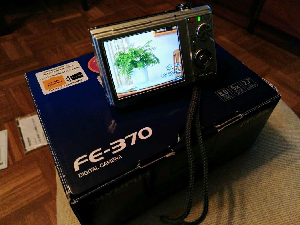 Imagen producto Cámara digital Olympus FE-370 3