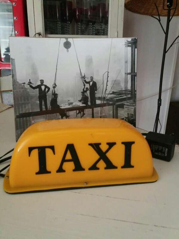 Imagen Letrero retro vintage (taxi luminoso)