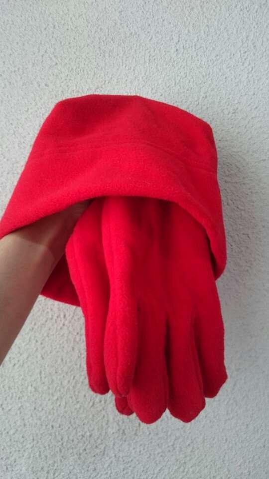 Imagen producto Nuevo Conjunto polar Gorro y Guantes  3