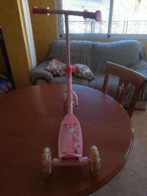 Imagen producto Triciclo de niña de color rosa  2