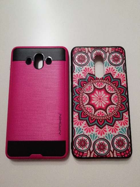 Imagen producto Móviles y tablet todo tipo de fundas y cables USB reparación de móviles y tablet  2