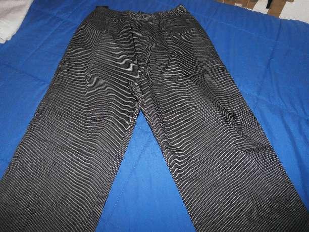 Imagen pantalón uniforme talla 48/46