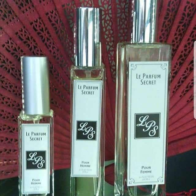 Imagen vendo perfumes
