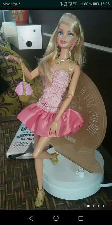 Imagen Muñeca barbie fashionista