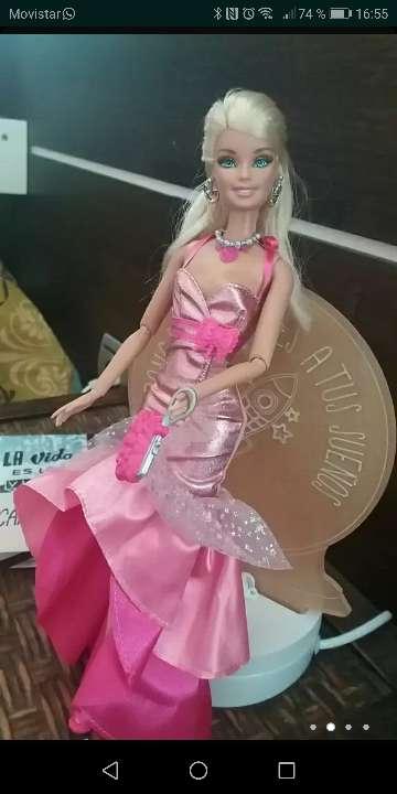 Imagen producto Barbie doll fashionista  2