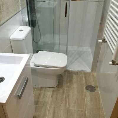 Imagen producto Reforma baño  3